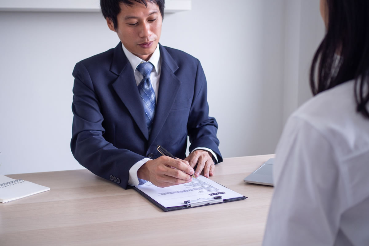Four Reasons You Should Hire a Process Server in Orlando